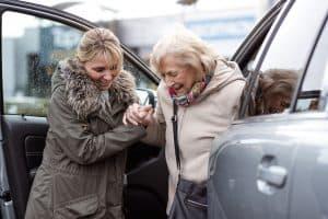 service déplacement personne âgée